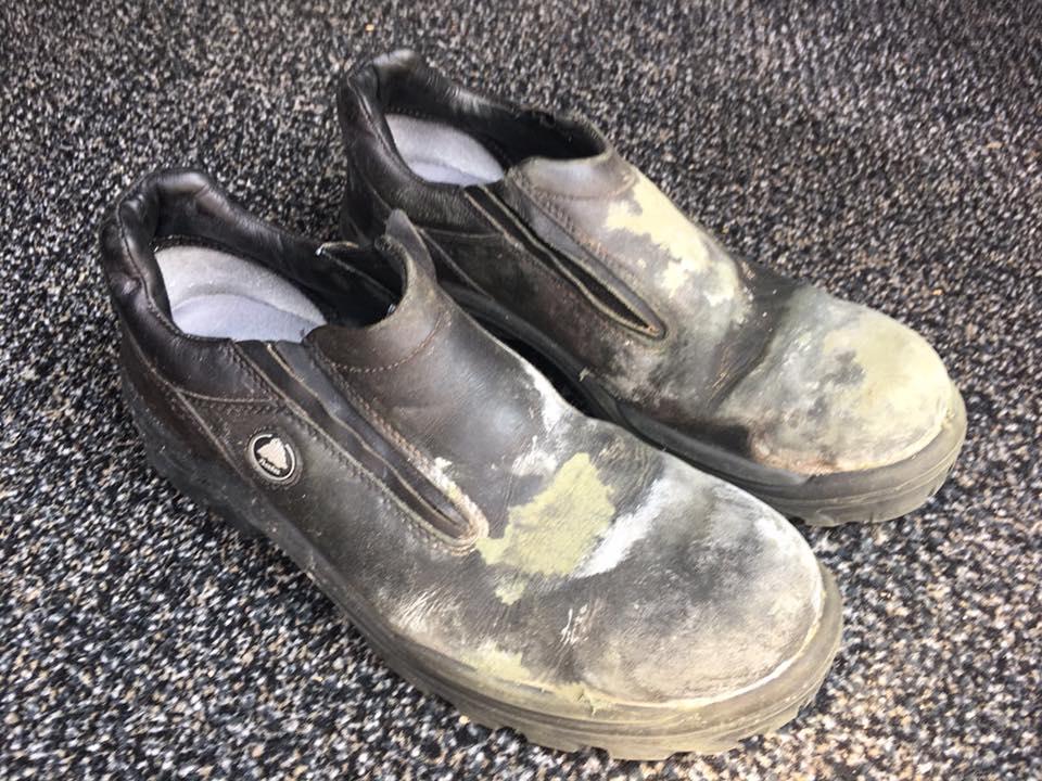 Werkschoenen reinigen